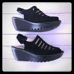 Skechers Wedge Sandal Parallel Trapezoid WideWidth